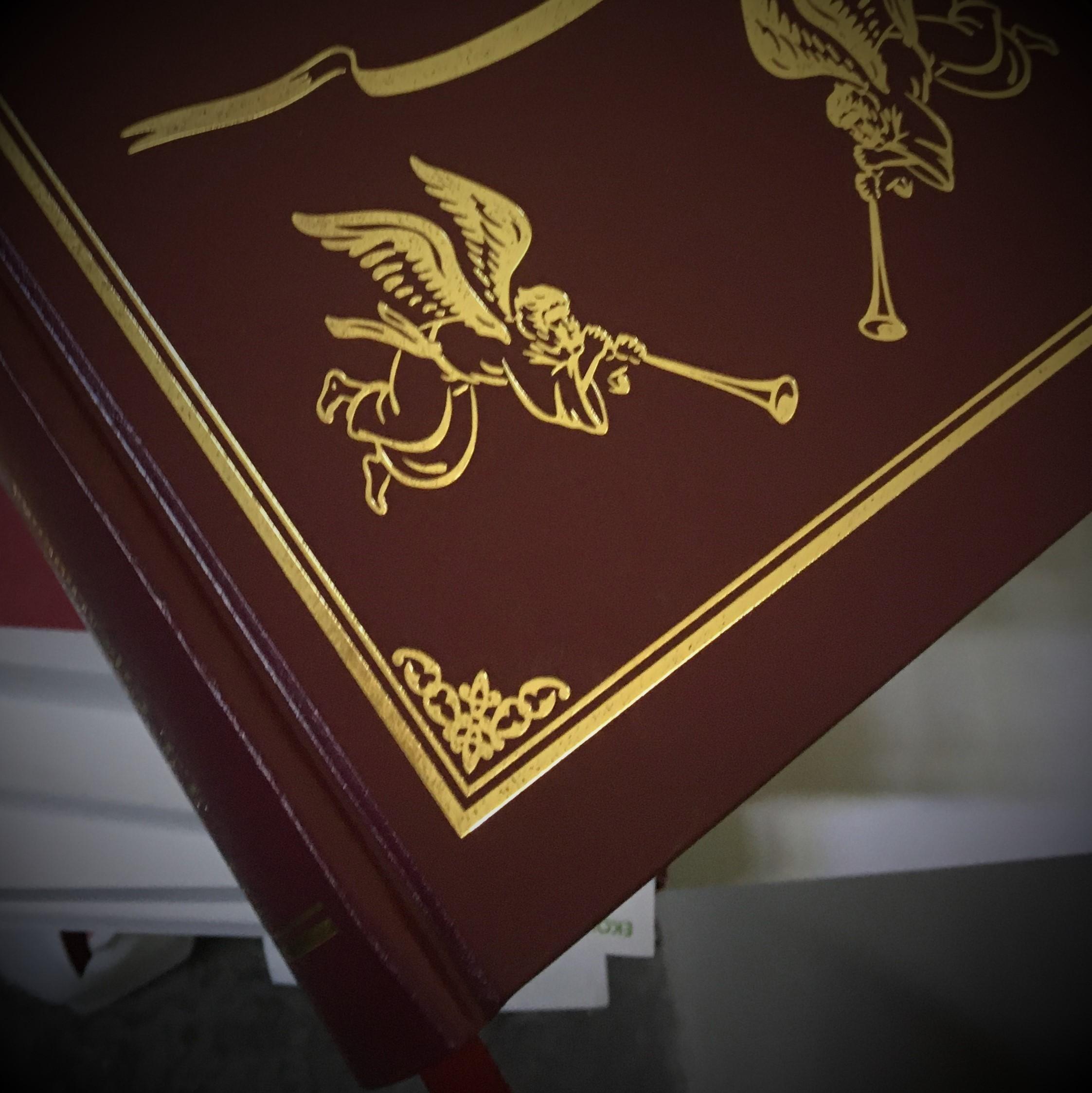 Фоторепортаж с участка по производству книг